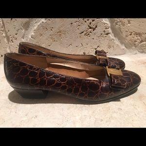 Ferragamo Vara croc women shoes